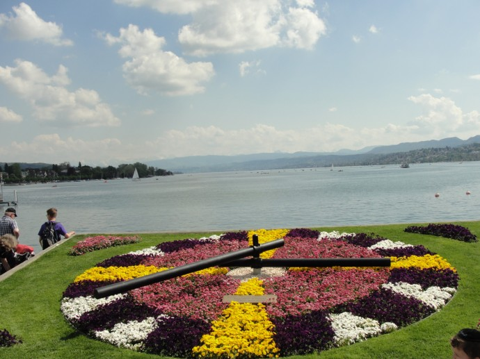 Flower clock overlooking Lake Zurich