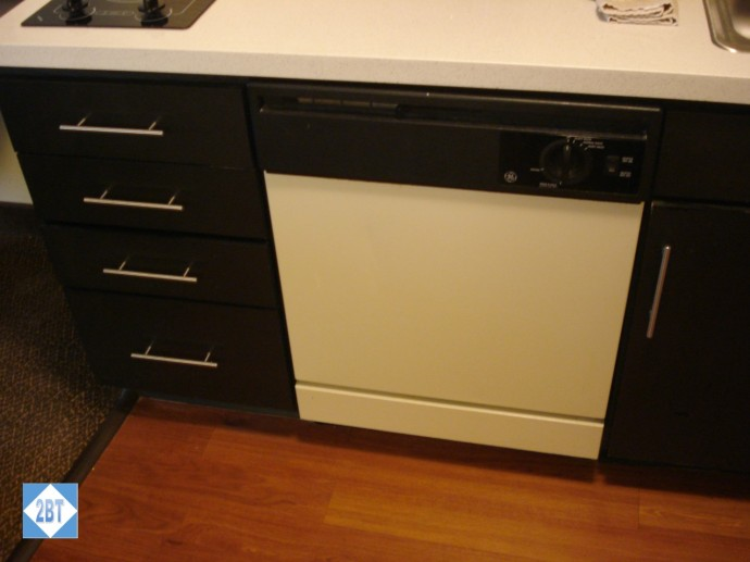 Dishwasher and drawers