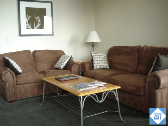 Grand Summit Living Area Seating