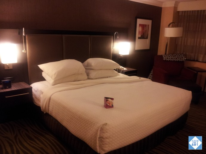 Crowne Plaza LAX Room 1623 Bed