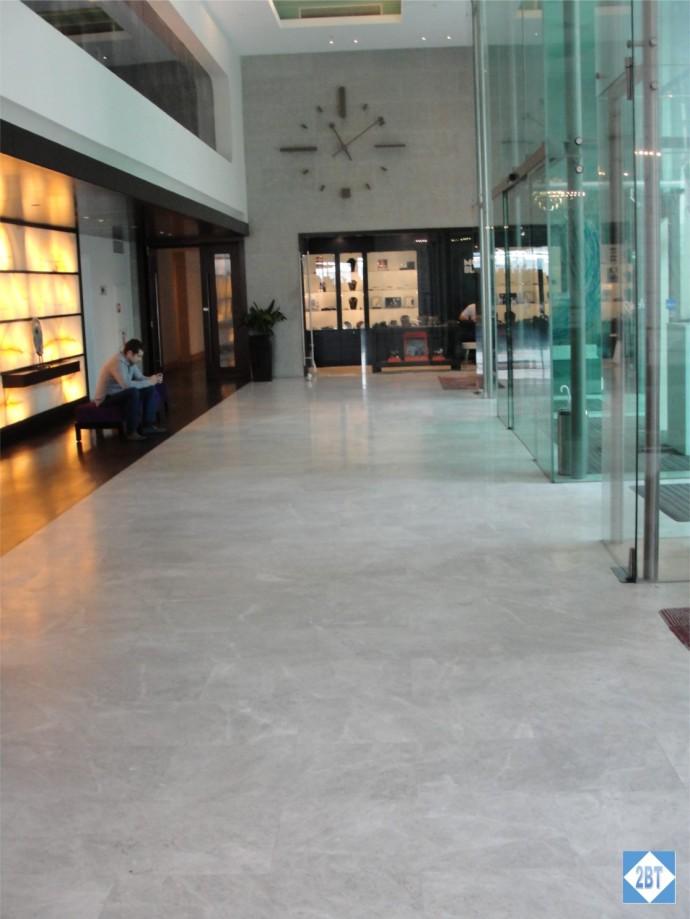 Radisson Blu Istanbul Lobby