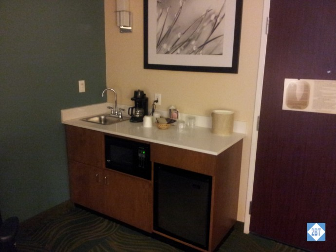 SpringHill Suites Arcadia Kitchenette