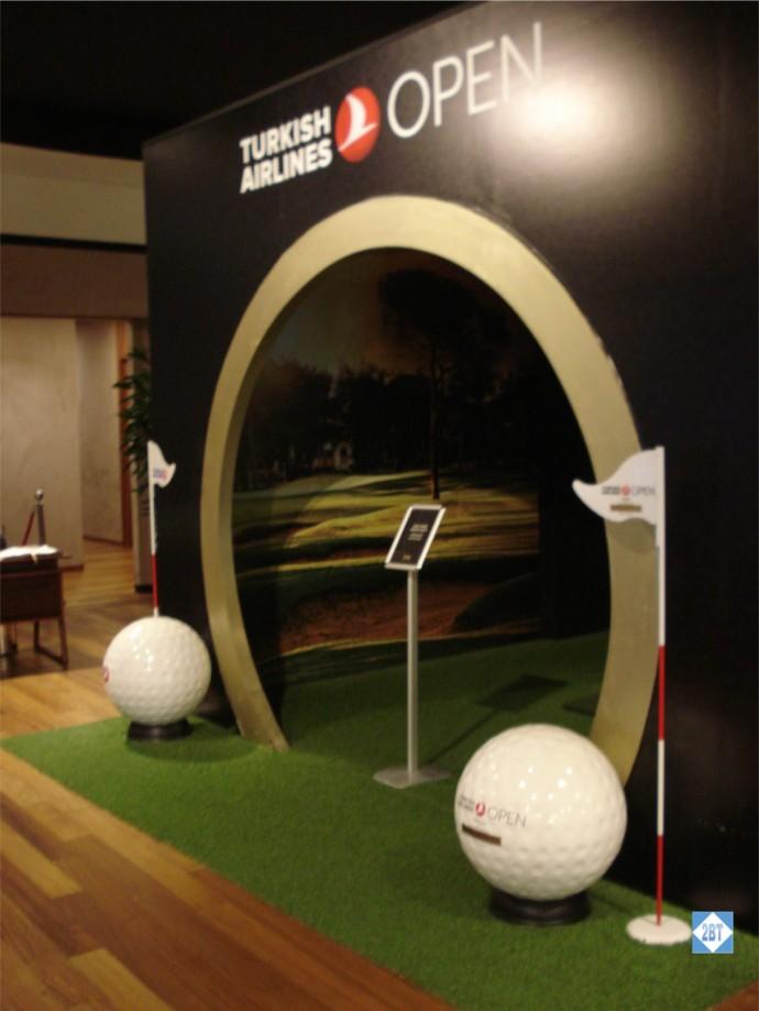 TK Lounge Golf Exhibit