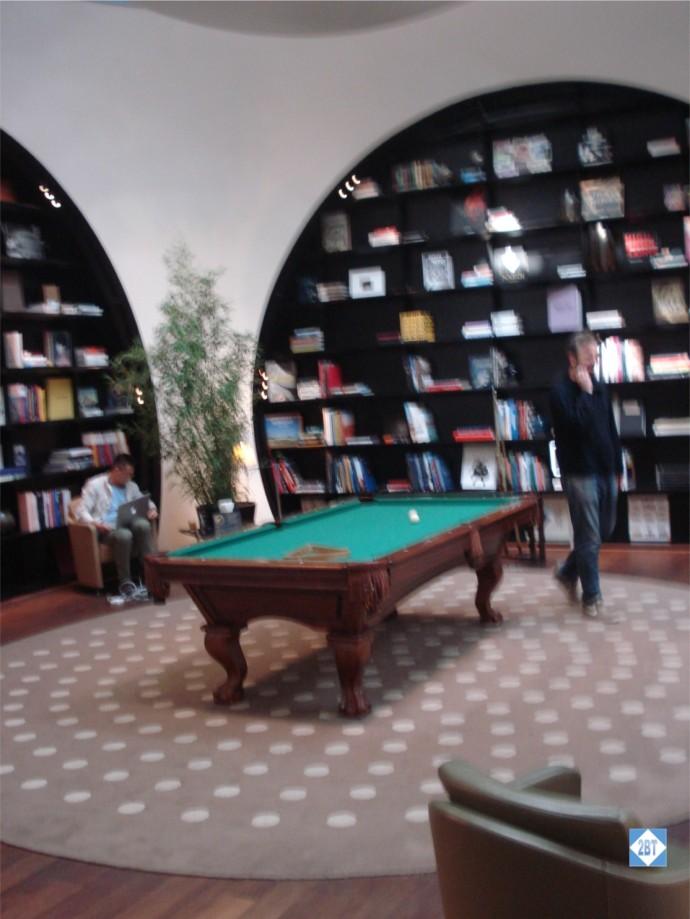 TK Lounge Pool Table