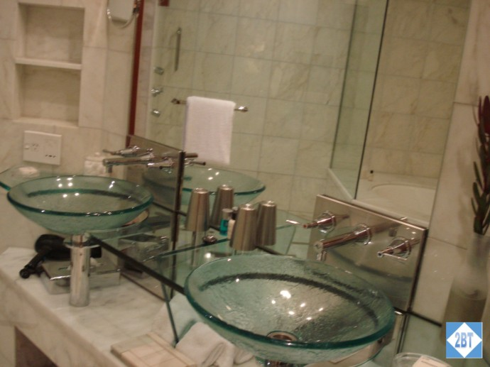 Park Hyatt Melbourne Club Room Sinks