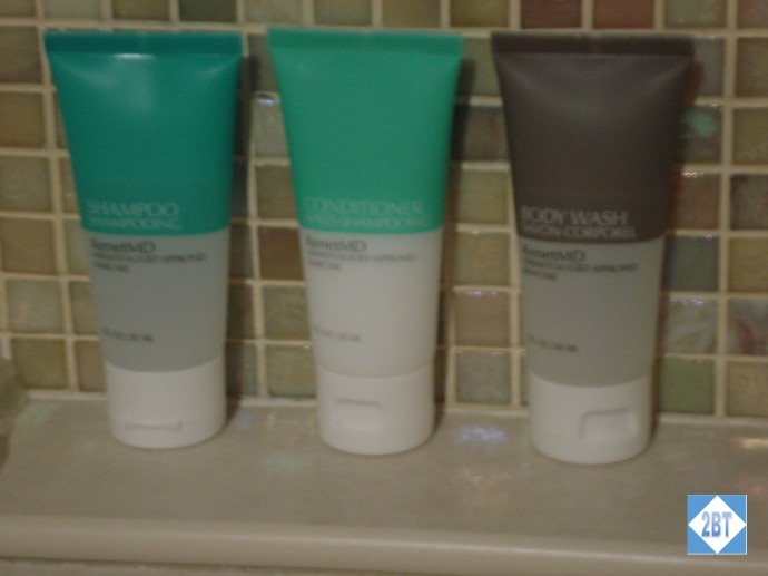 Hyatt Regency DFW Toiletries by KenetMD