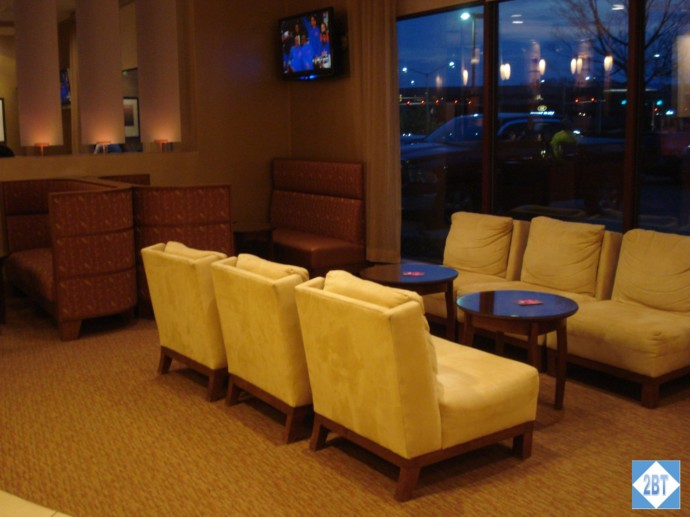 CP MKE West Lobby Lounge