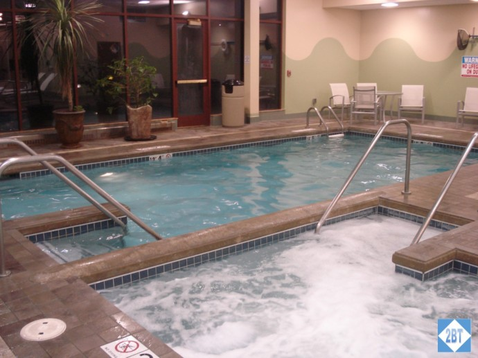 CP MKE West Pool and Hot Tub