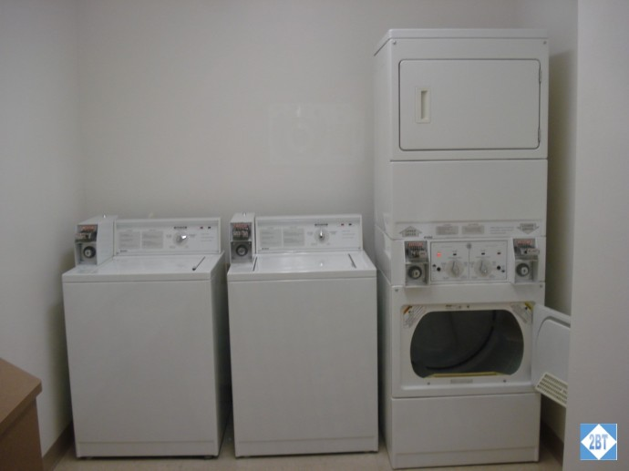 hp-mke-airport-laundry-room