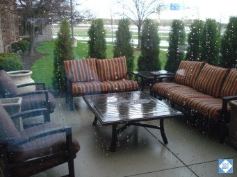 hp-mke-airport-patio-seating