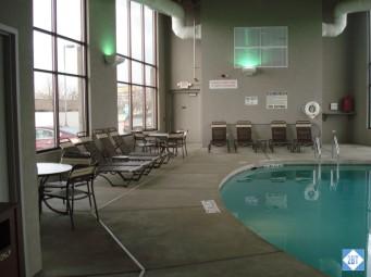 hp-mke-airport-pool-seating