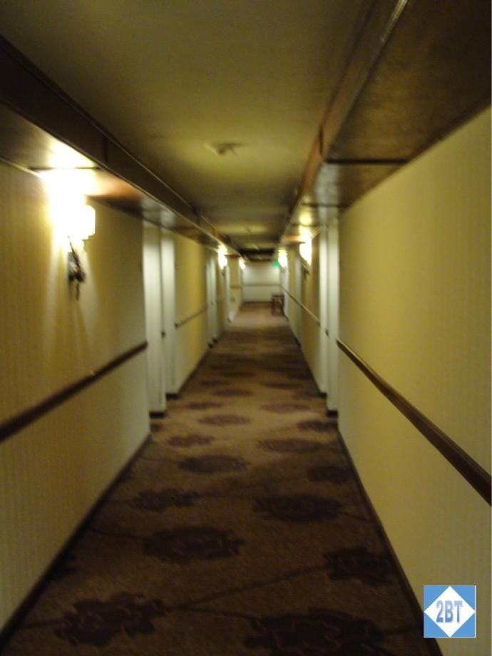 hi-vail-hallway