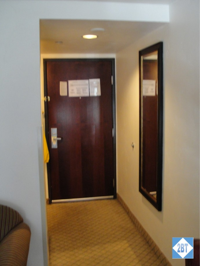 hi-vail-room-entry