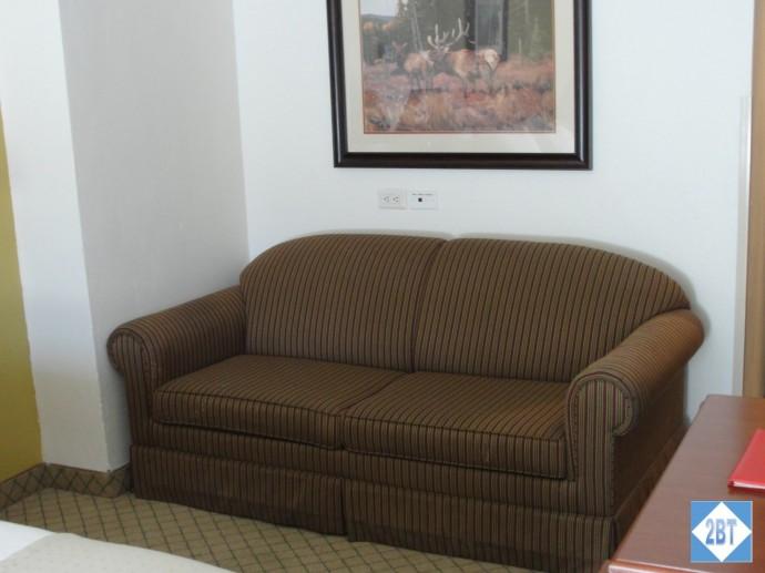 hi-vail-sofa