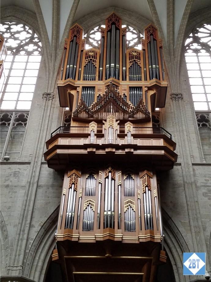 bru-church-organ