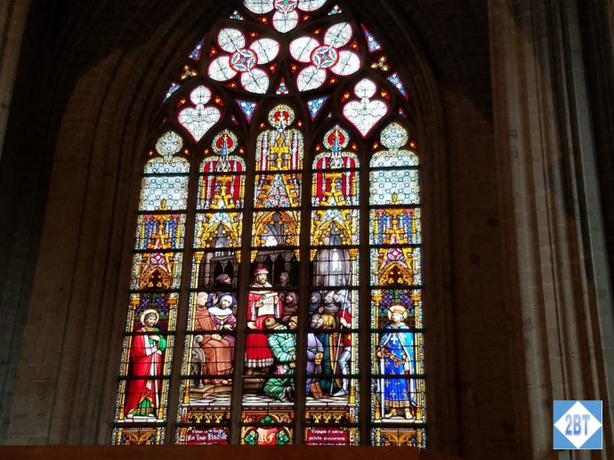 bru-church-stained-glass-1