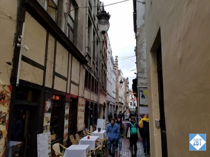bru-side-street