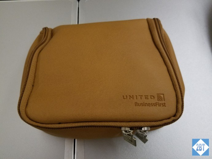 ua-972-amenity-kit