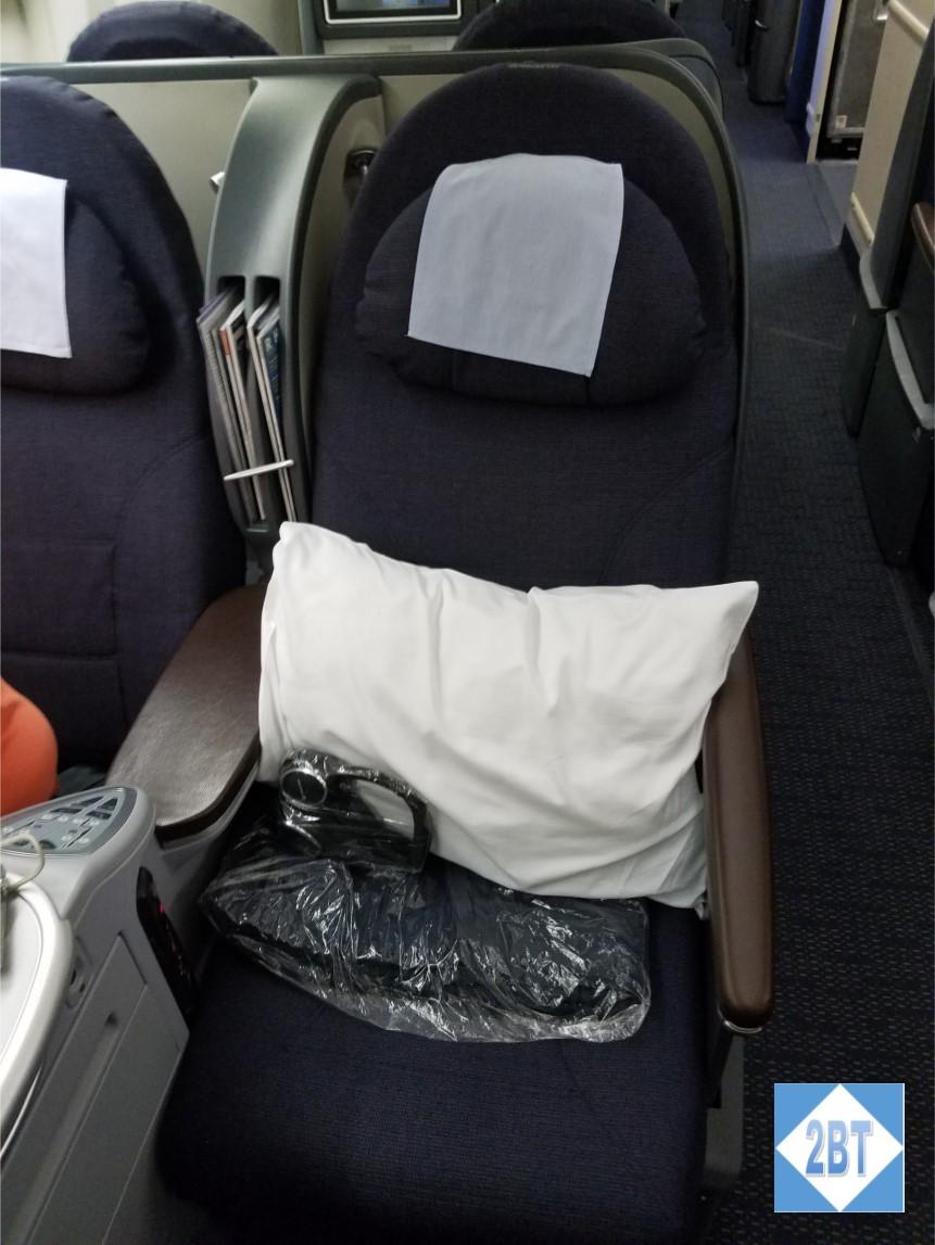 ua-972-seat