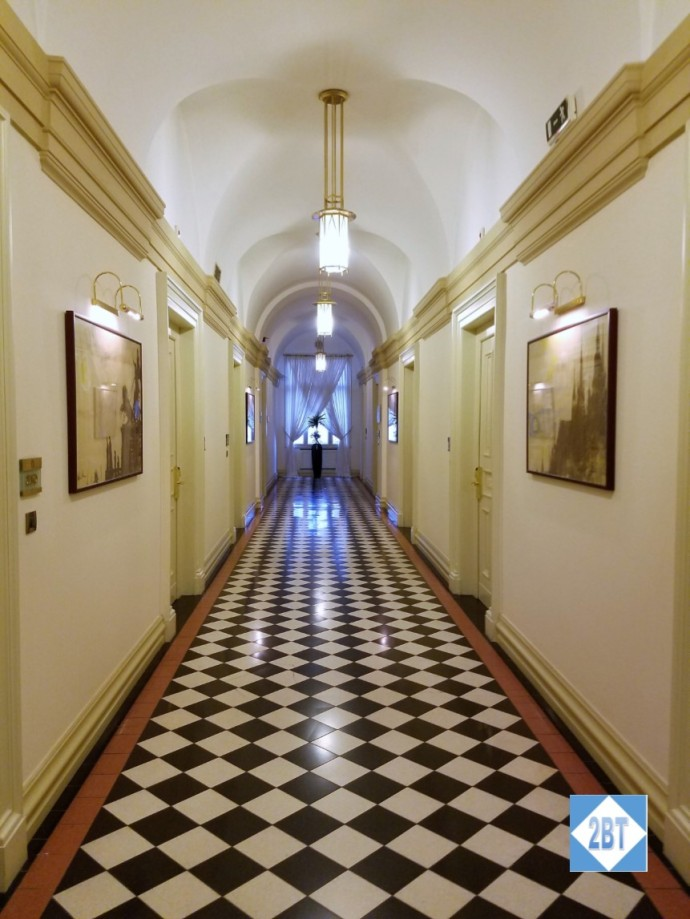 boscolo-hallway