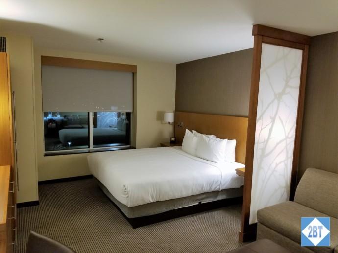 Hyatt Place DFW King Bed