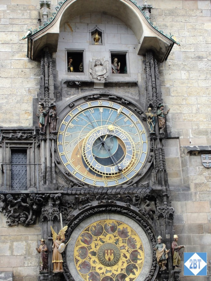 prg-astronomical-clock-closeup