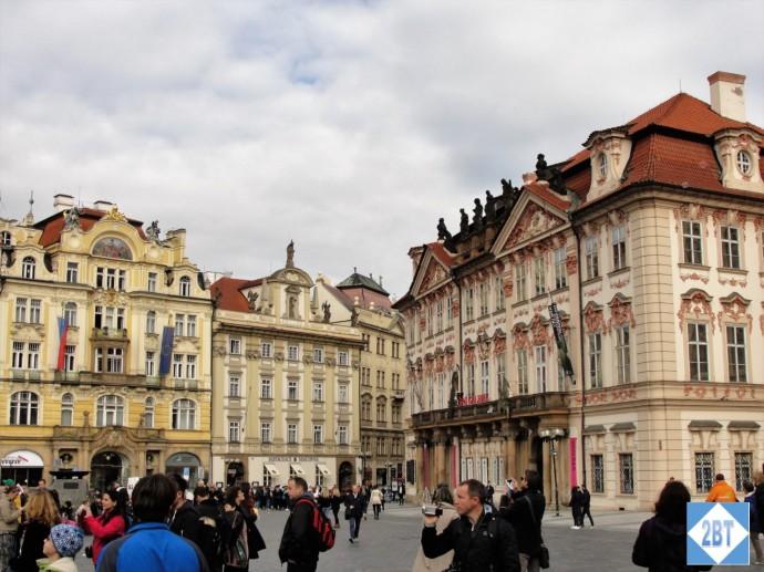 Kinsky Palace on the right