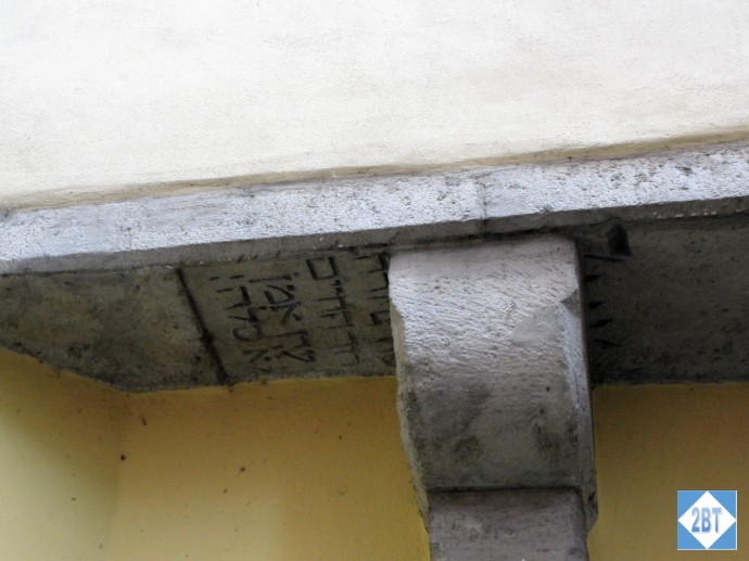 reg-jewish-tombstone