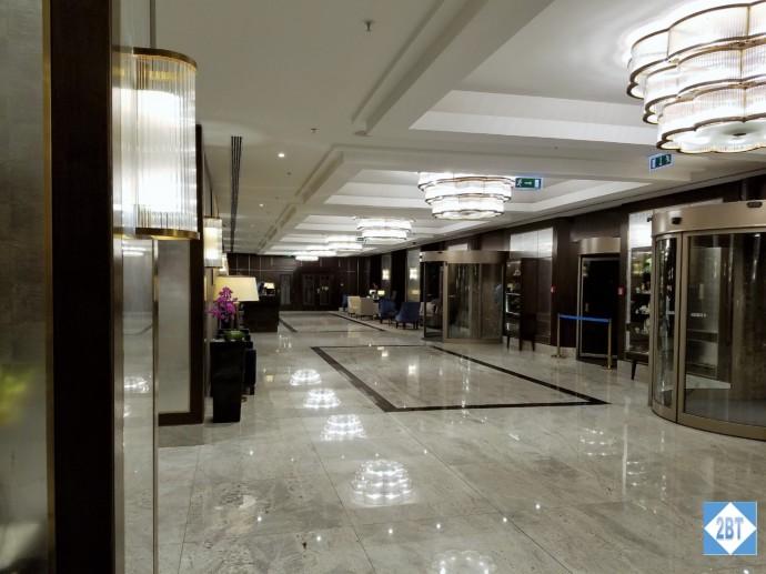 Hilton Castle District Lobby