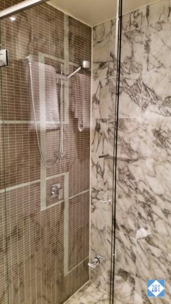 Oceans Mooloolaba Hall Bath Shower