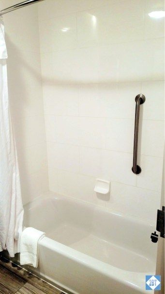 One Bedroom Suite Shower Tub